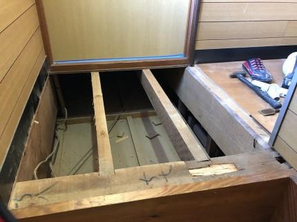 ②増し張りでも床が沈む所はフローリングを 撤去してから