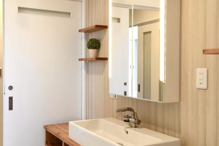 柔らかな雰囲気の改修後の洗面所